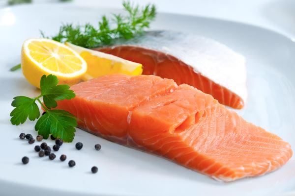 El salmón te aportará muchos nutrientes esenciales para la correcta práctica del CrossFit
