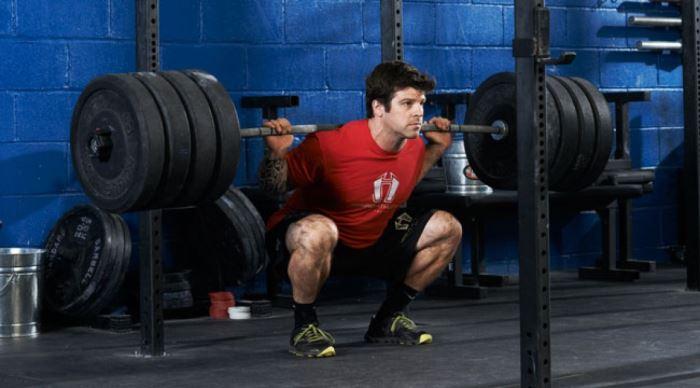 Back Squat para entrenar las piernas en CrossFit