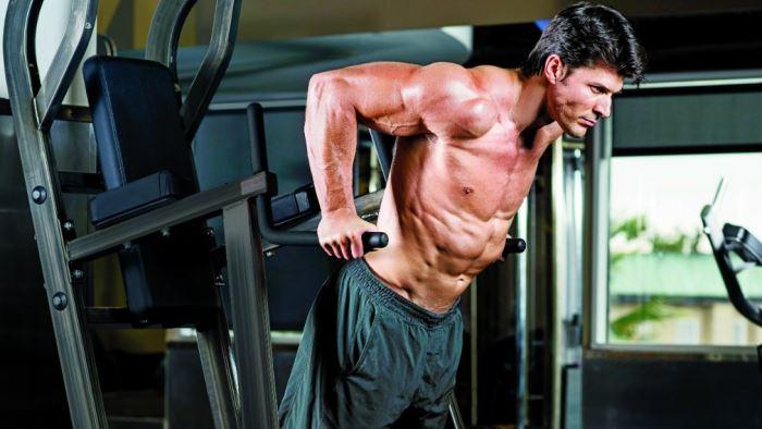 ¿Es mejor entrenar con pesas o con el propio peso corporal?