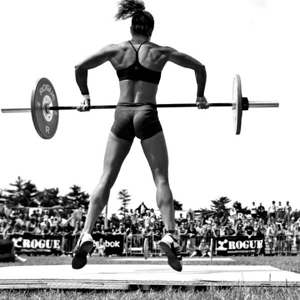 Fortalece tus glúteos con los mejores ejercicios de CrossFit