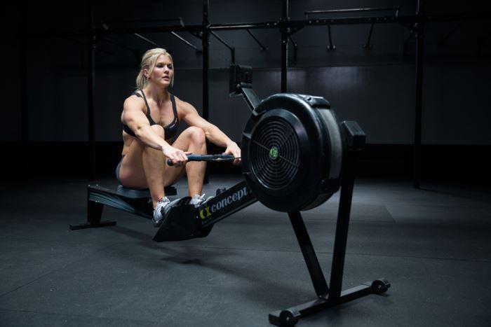 Row, uno de los ejercicios de CrossFit para combatir la Navidad